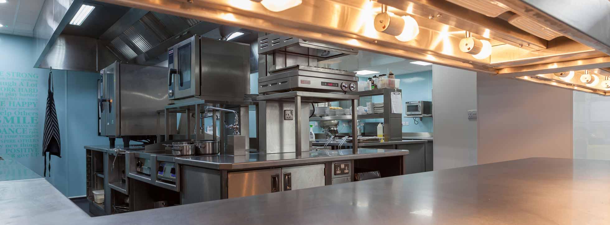 les rocquettes hotel kitchen - Les Kitchen